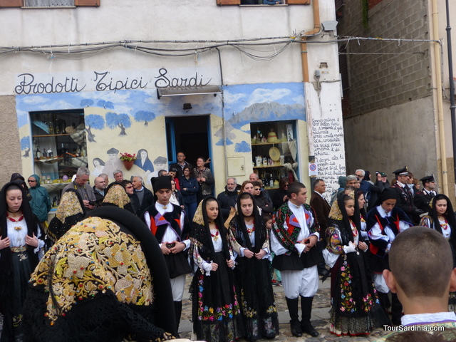 Easter celebrations in Oliena